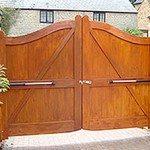 garage doors alderley edge
