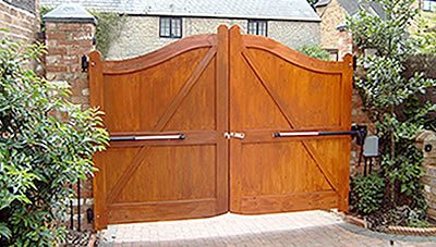 electric gates in cheshire