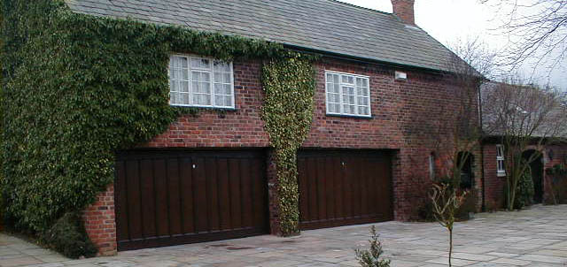 garage doors macclesfield